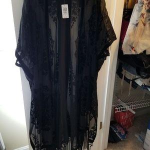 BNWT black sheer shaw with fringe torrid 1x